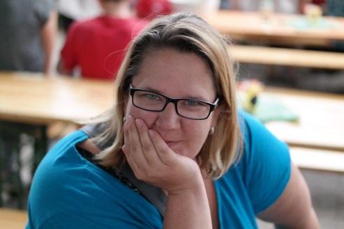 Erzieherin, Frau mit Brille